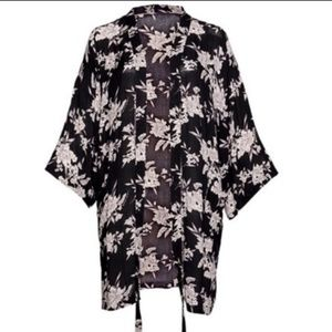 Spiritual Gangster Womens Black Wrap Maya Kimono C